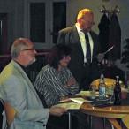Im Bild von links: Stellvertretender Landrat Hans Peter Marx, die Schneyer Ortsvereinsvorsitzende Elke Werner, Landtagsabgeordneter Klaus Adelt